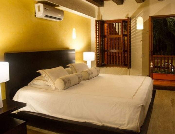 bachelor-party-tour-colombia-vacation-rentals-accommodation-cartagena-195