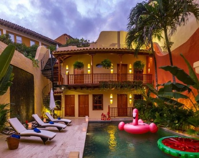 bachelor-party-tour-colombia-vacation-rentals-accommodation-cartagena-197