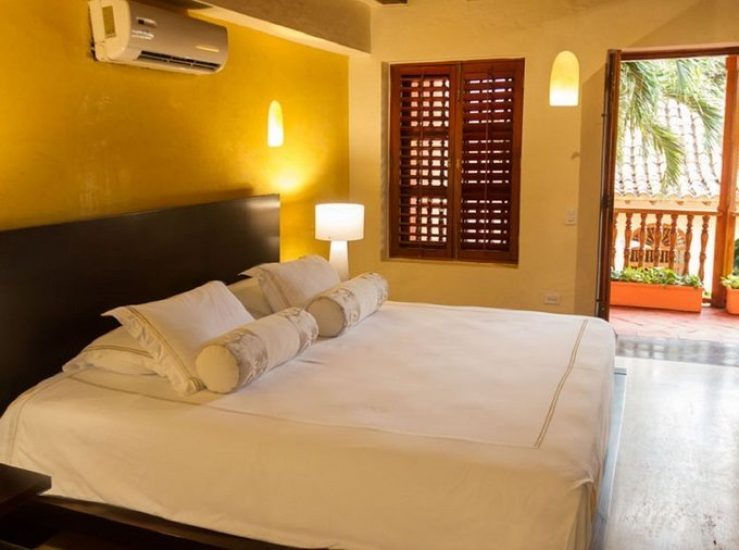 bachelor-party-tour-colombia-vacation-rentals-accommodation-cartagena-203