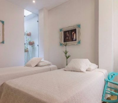 bachelor-party-tour-colombia-vacation-rentals-accommodation-cartagena-459