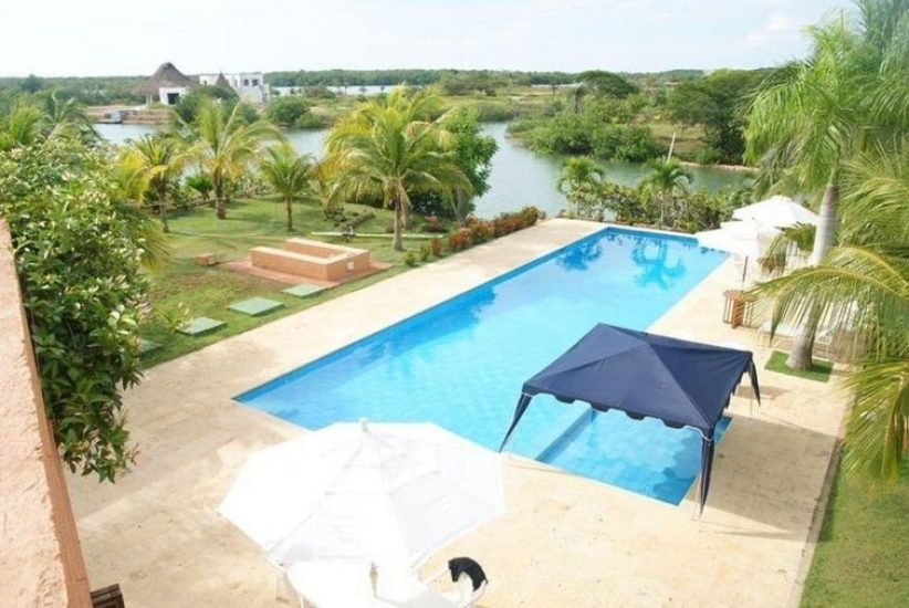 bachelor-party-tour-colombia-vacation-rentals-accommodation-cartagena-522