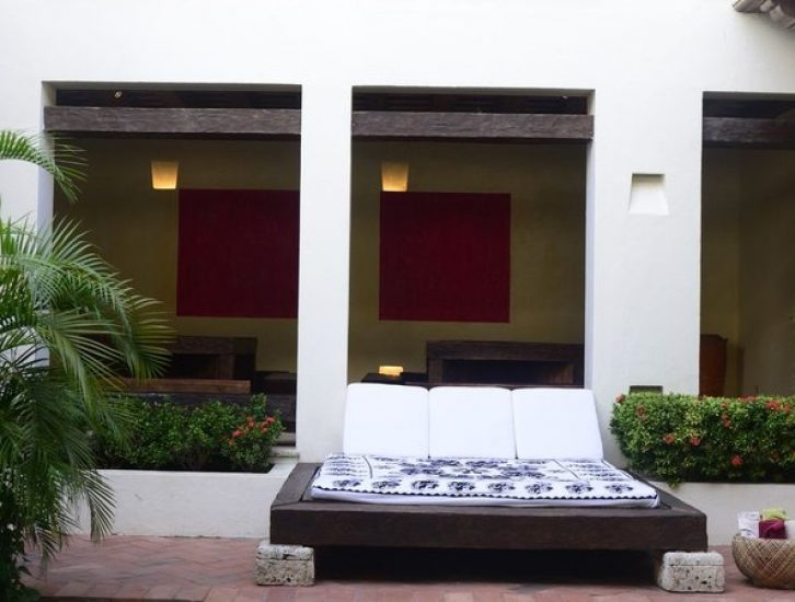bachelor-party-tour-colombia-vacation-rentals-accommodation-cartagena-731