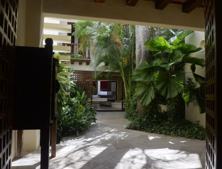 bachelor-party-tour-colombia-vacation-rentals-accommodation-cartagena-752