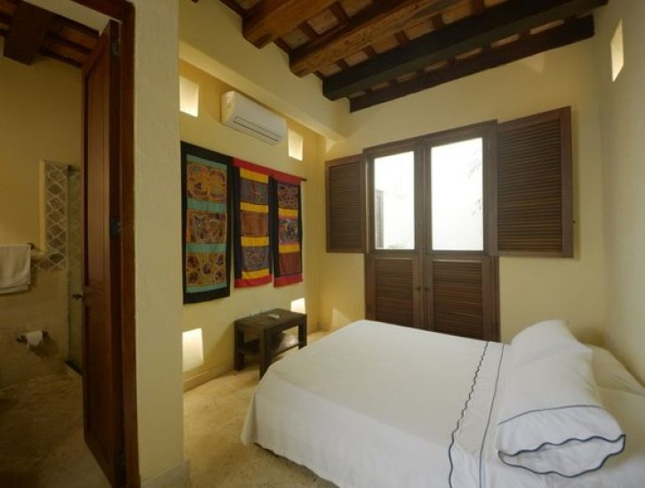 bachelor-party-tour-colombia-vacation-rentals-accommodation-cartagena-790