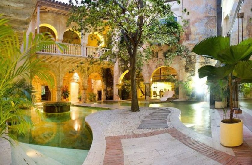 bachelor-party-tour-colombia-vacation-rentals-accommodation-cartagena-836