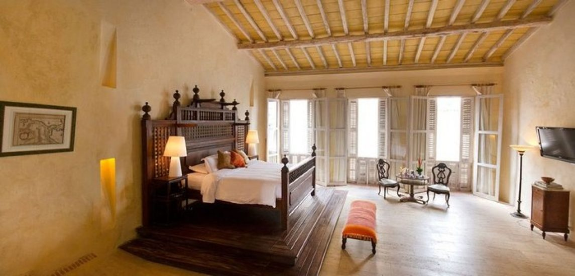 bachelor-party-tour-colombia-vacation-rentals-accommodation-cartagena-850