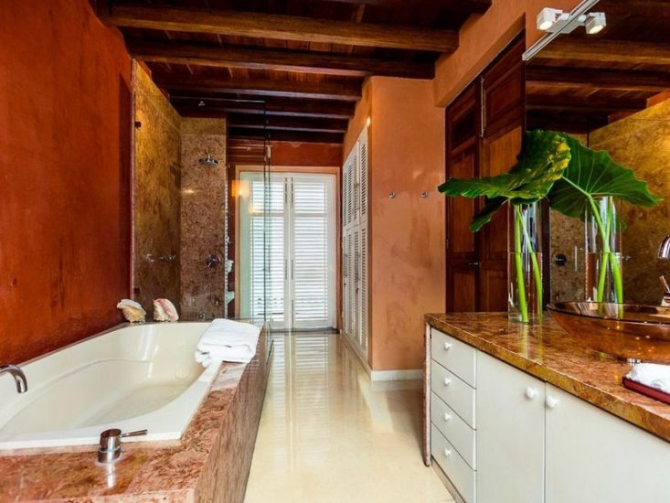 bachelor-party-tour-colombia-vacation-rentals-accommodation-cartagena-910