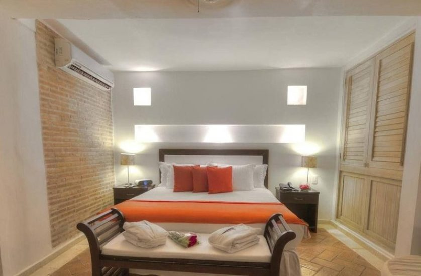 bachelor-party-tour-colombia-vacation-rentals-accommodation-cartagena-929