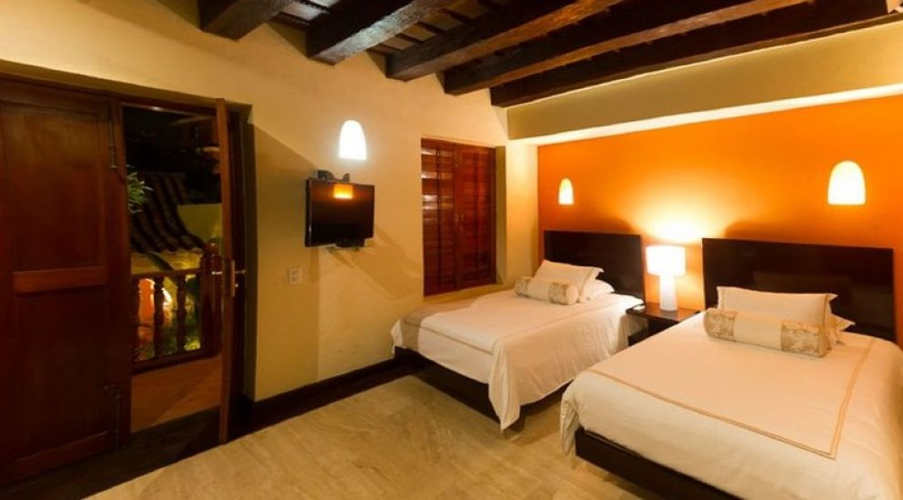 bachelor-party-tour-colombia-vacation-rentals-accommodation-cartagena-968