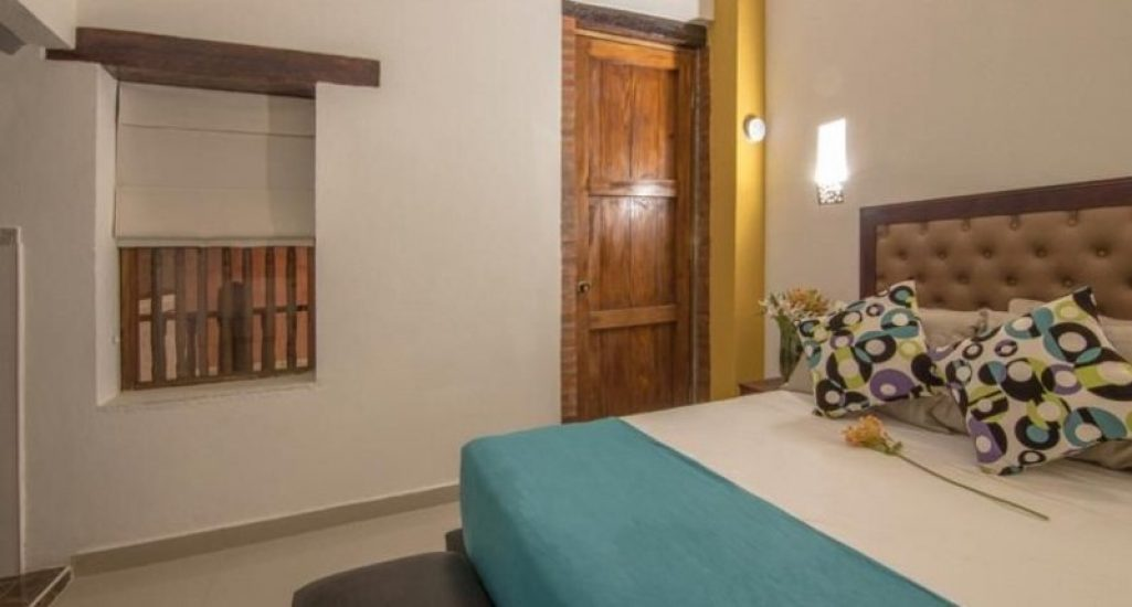 bachelor-party-tour-colombia-vacation-rentals-accommodation-cartagena-971