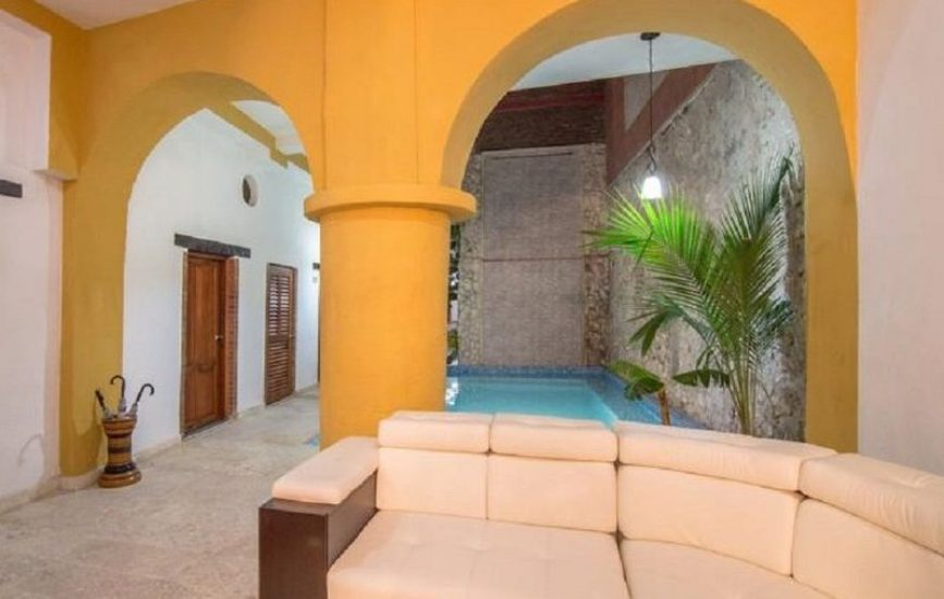 bachelor-party-tour-colombia-vacation-rentals-accommodation-cartagena-978
