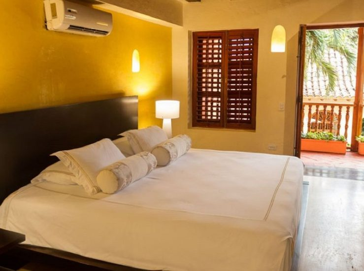 bachelor-party-tour-colombia-vacation-rentals-accommodation-cartagena-983