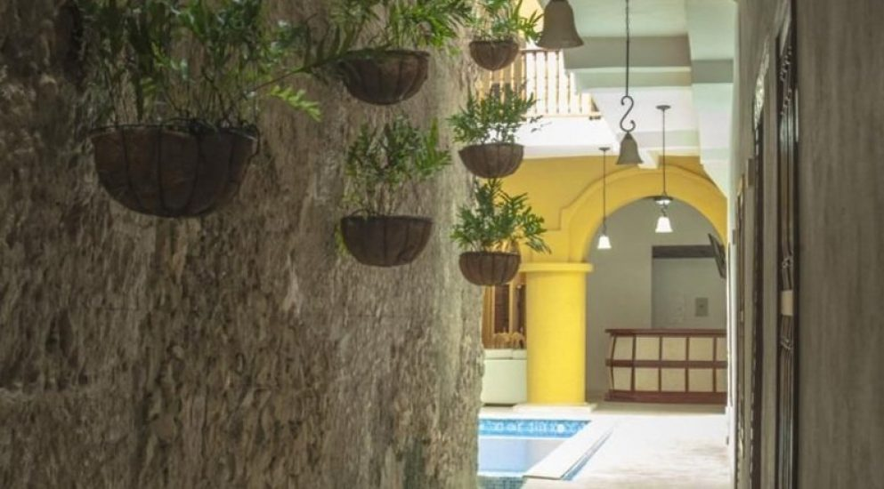 bachelor-party-tour-colombia-vacation-rentals-accommodation-cartagena-990