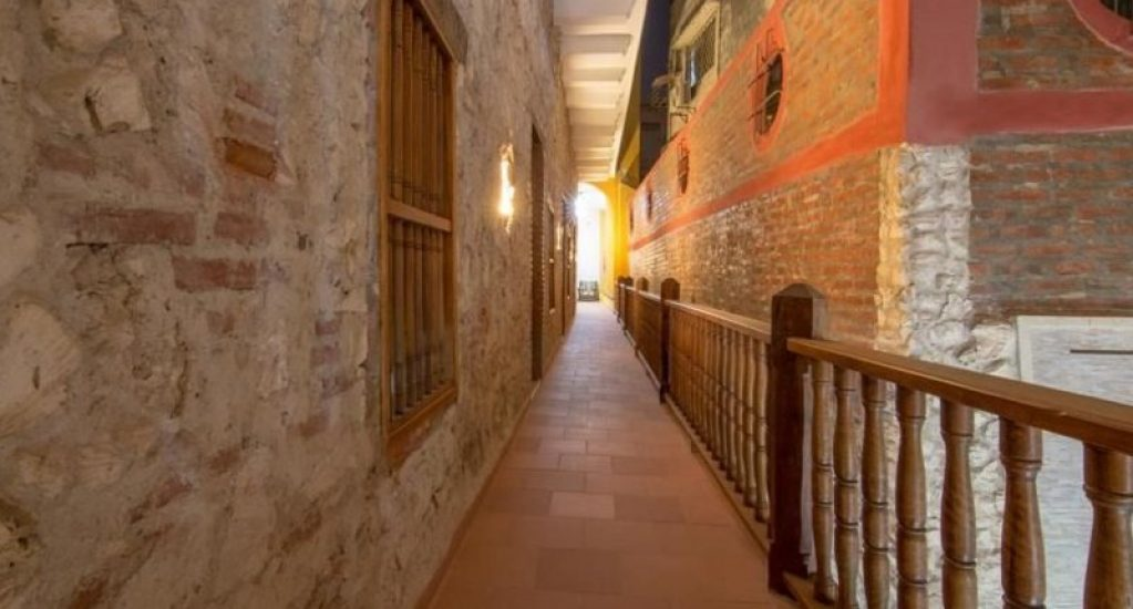 bachelor-party-tour-colombia-vacation-rentals-accommodation-cartagena-998