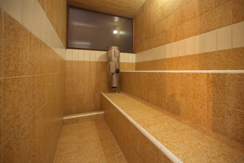 bachelor-party-tour-colombia-vacation-rentals-accommodation-medellin-16