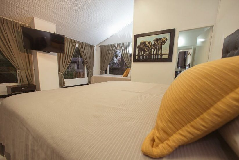 bachelor-party-tour-colombia-vacation-rentals-accommodation-medellin-18