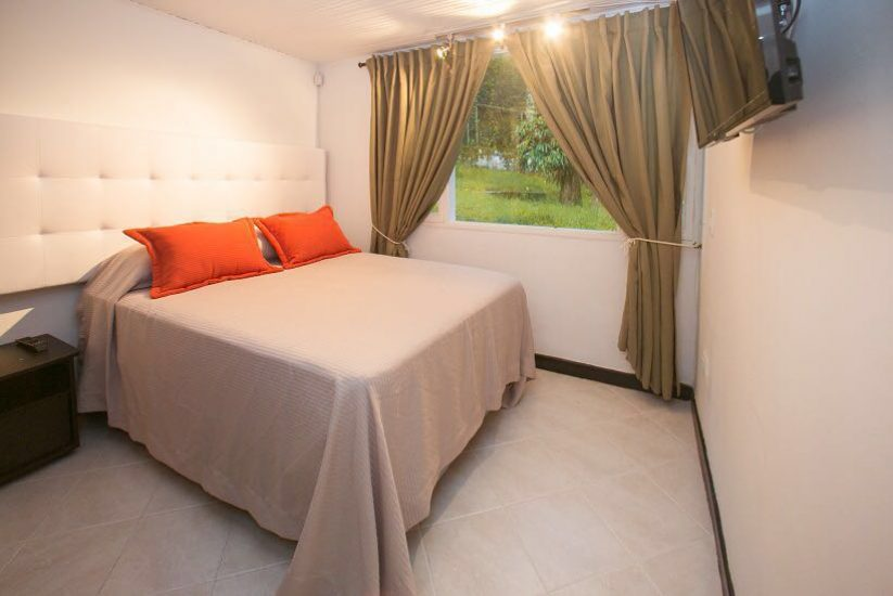 bachelor-party-tour-colombia-vacation-rentals-accommodation-medellin-19