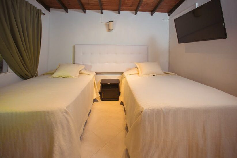 bachelor-party-tour-colombia-vacation-rentals-accommodation-medellin-21