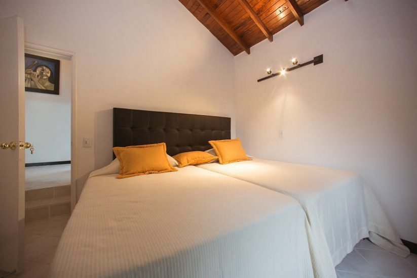 bachelor-party-tour-colombia-vacation-rentals-accommodation-medellin-26
