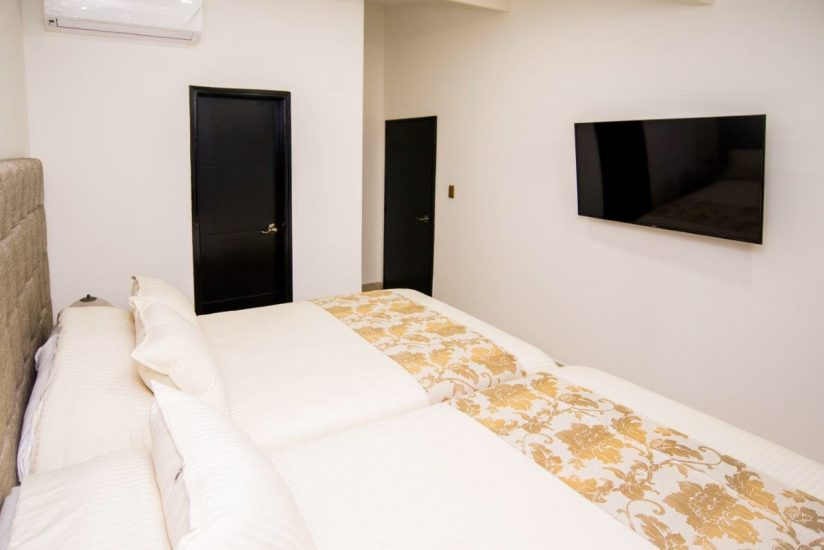 bachelor-party-tour-colombia-vacation-rentals-accommodation-medellin-30