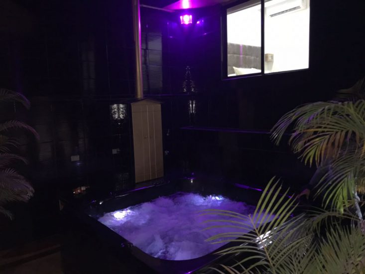 bachelor-party-tour-colombia-vacation-rentals-accommodation-medellin-31
