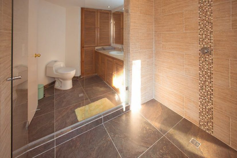 bachelor-party-tour-colombia-vacation-rentals-accommodation-medellin-4