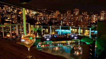 medellin-bachelor-party-nightlife-scene