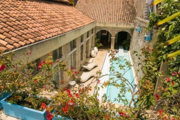 bachelor-party-tour-colombia-vacation-rentals-accommodation-cartagena-446