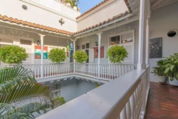 bachelor-party-tour-colombia-vacation-rentals-accommodation-cartagena-629
