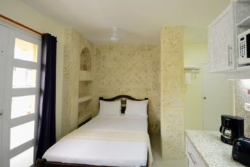 bachelor-party-tour-colombia-vacation-rentals-accommodation-cartagena-711
