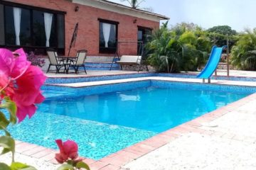bachelor-party-tour-colombia-vacation-rentals-accommodation-cartagena-743