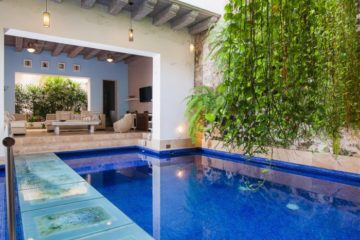 luxury-pool-restored-house-vacation-rentals-cartagena-colombia (24)