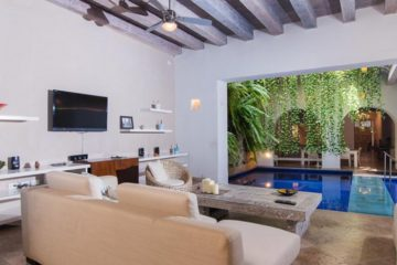 luxury-pool-restored-house-vacation-rentals-cartagena-colombia (27)