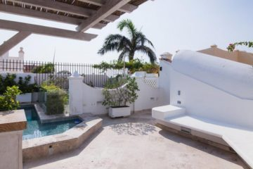luxury-pool-restored-house-vacation-rentals-cartagena-colombia (28)
