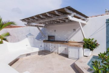 luxury-pool-restored-house-vacation-rentals-cartagena-colombia (4)