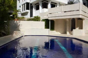 Vacation-Rental-Medellin-bachelor-party-Airbnb-09