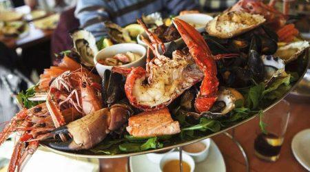 Cartagena-Seafood-Cartagena-Bachelor-Party-1