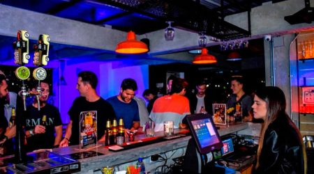 Medellin-Nightlife-Tour-Pub-Bar-Night-club-Crawl-05