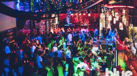 Medellin-Nightlife-Tour-Pub-Bar-Night-club-Crawl-07