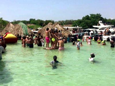 Playa-Cholon-Isla-Baru-Tour-Cartagena-Colombia-18