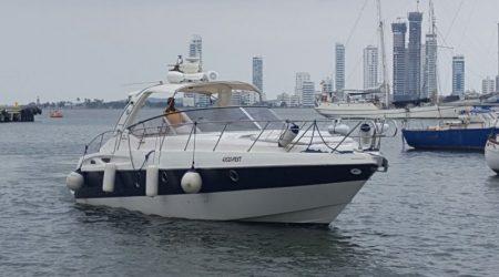 Yacht-Luxury-Speed-Boat-Rentals-Cartagena-Colombia-1.jpg