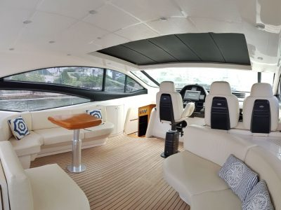 bachelor-party-cartagena-yacht-rentals-pershing62-05