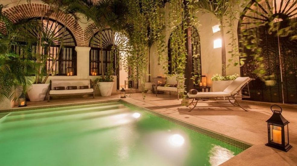 bachelor-party-tour-colombia-vacation-rentals-accommodation-cartagena-1011