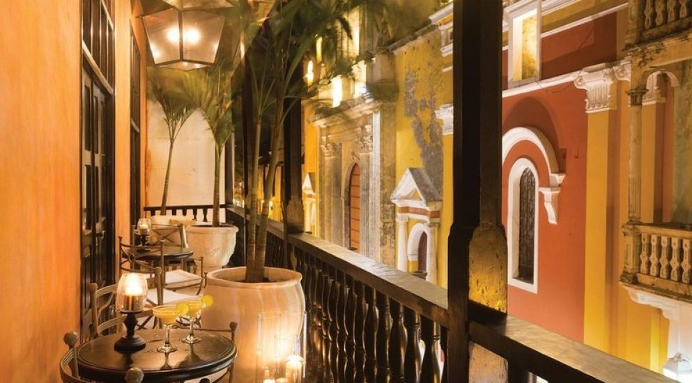 bachelor-party-tour-colombia-vacation-rentals-accommodation-cartagena-1017