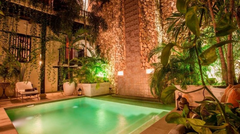 bachelor-party-tour-colombia-vacation-rentals-accommodation-cartagena-1033