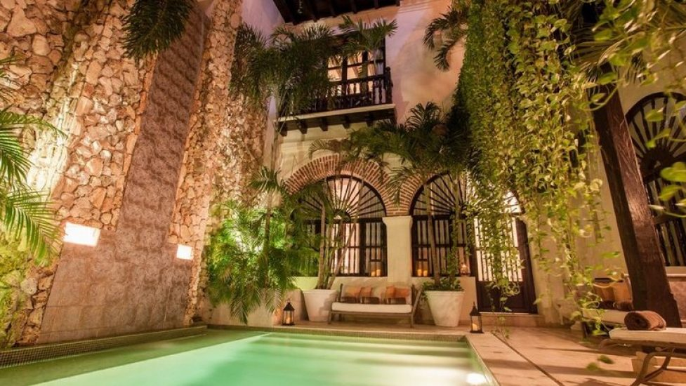 bachelor-party-tour-colombia-vacation-rentals-accommodation-cartagena-1061