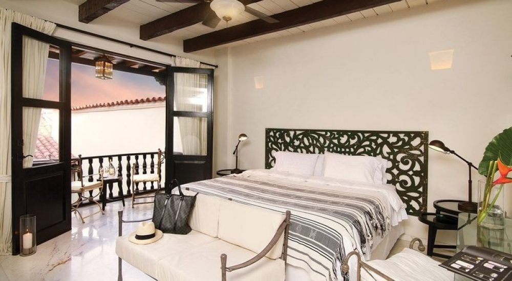 bachelor-party-tour-colombia-vacation-rentals-accommodation-cartagena-1062
