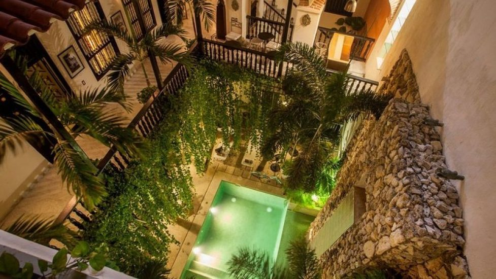 bachelor-party-tour-colombia-vacation-rentals-accommodation-cartagena-1063