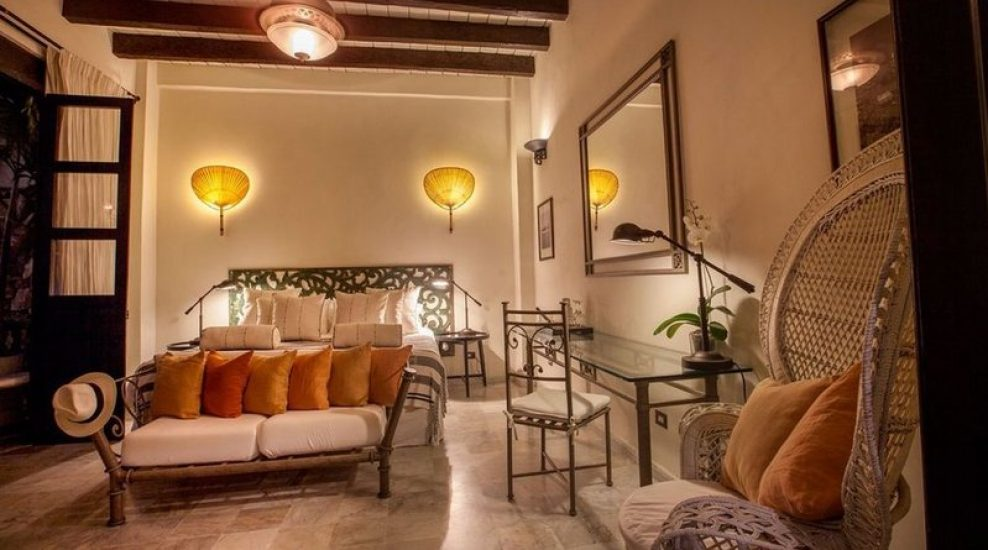 bachelor-party-tour-colombia-vacation-rentals-accommodation-cartagena-1064