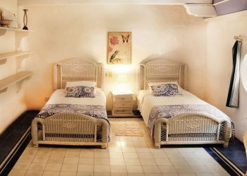 bachelor-party-tour-colombia-vacation-rentals-accommodation-cartagena-1070